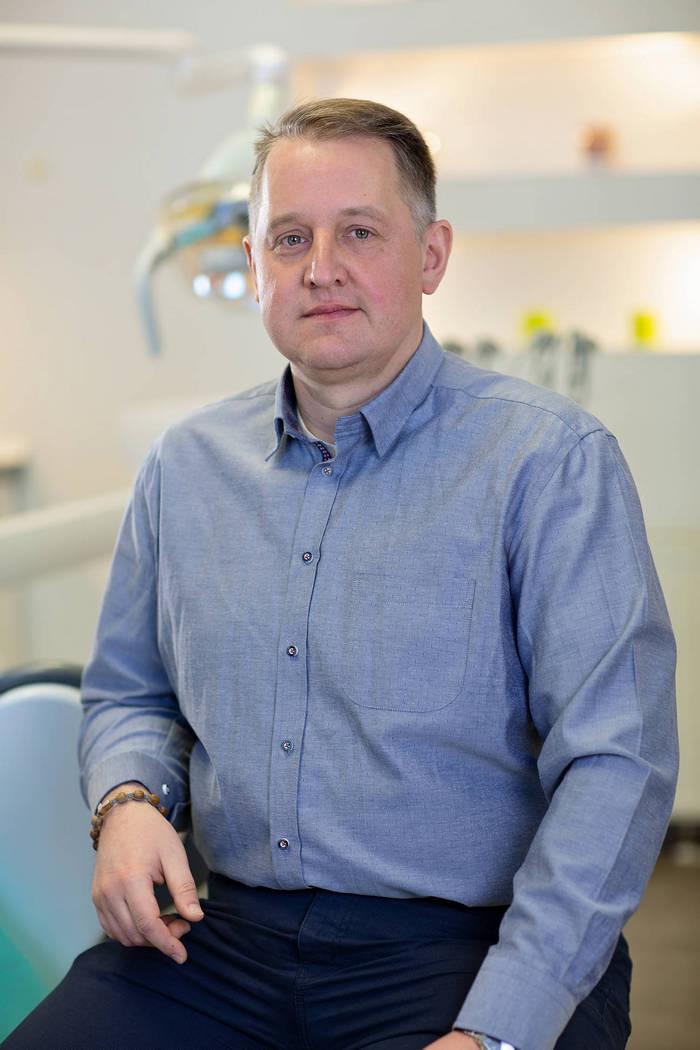 dr n. med. chirurg szczękowo-twarzowy